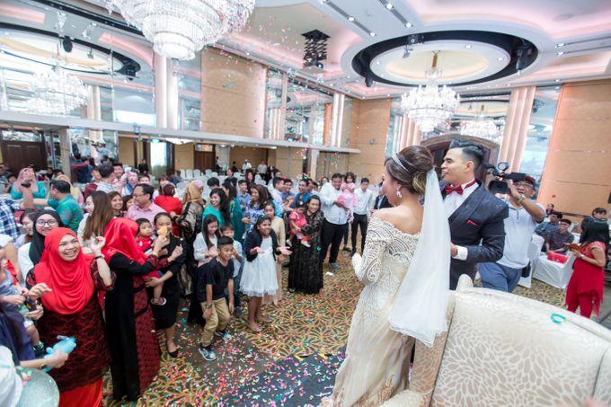 Malay Wedding Extraordinaire Celebration - Daniaal & Suhaila by Born2talk - 011