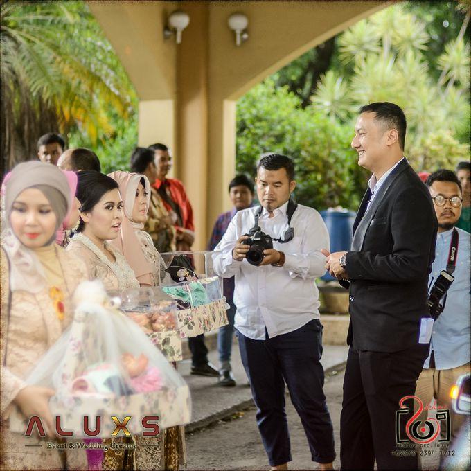 The Wedding of Santa & Khresna by Alux's Event & Wedding Creator - 039