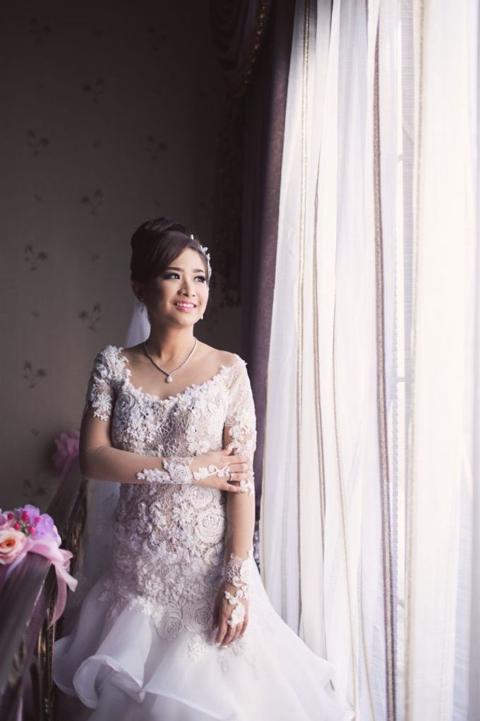 The Wedding Gown of Mee Djin Couture by Meedjin Couture - 009
