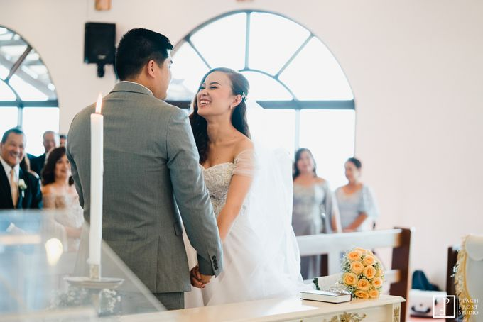 Tina & Niel's Peach Themed Intimtate Wedding in Tagaytay Highlands by Peach Frost Studio - 031