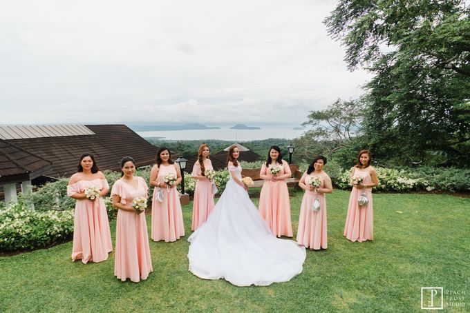 A Peach Themed Tagaytay Woodlands Wedding of Tina & Niel by Peach Frost Studio - 027
