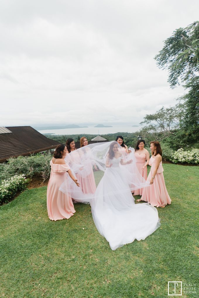Tina & Niel's Peach Themed Intimtate Wedding in Tagaytay Highlands by Peach Frost Studio - 037