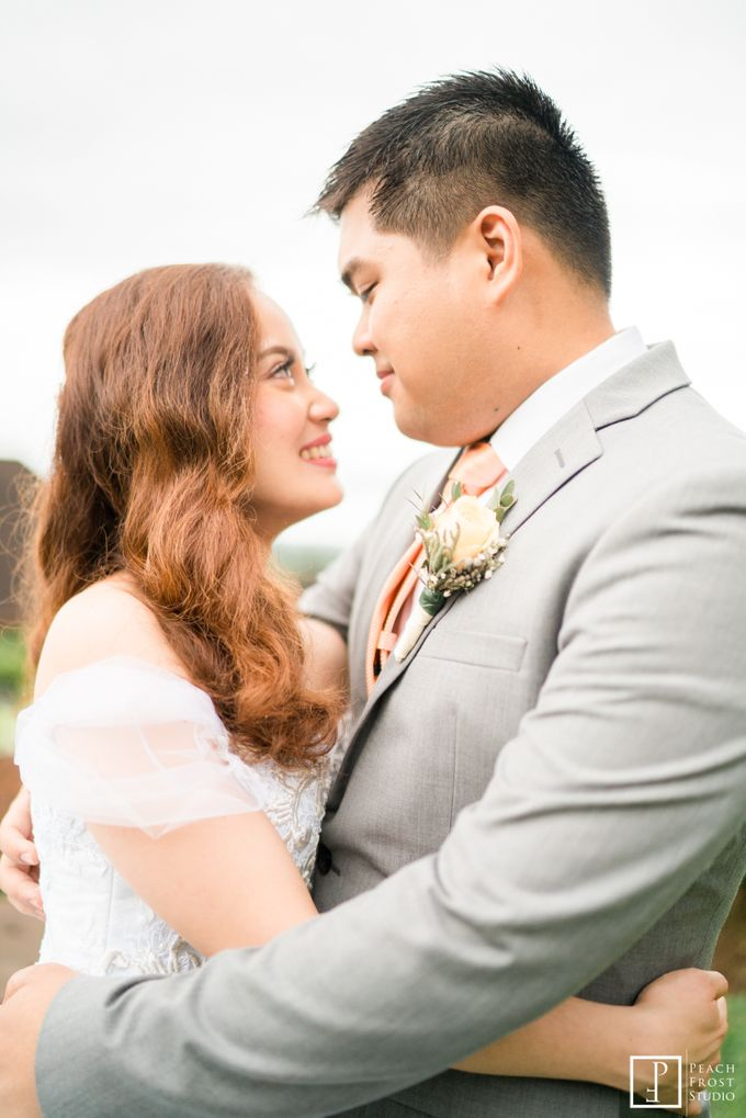Tina & Niel's Peach Themed Intimtate Wedding in Tagaytay Highlands by Peach Frost Studio - 040
