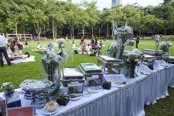 Picnic Wedding at the Park by Megu Weddings - 016