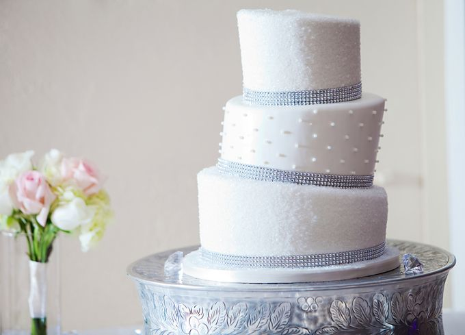 Wedding Cakes by CUPCAKES COMPANY - 004