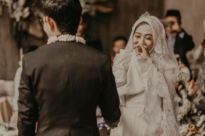 Aisyah & Aziz Wedding at Azila Villa by AKSA Creative - 016