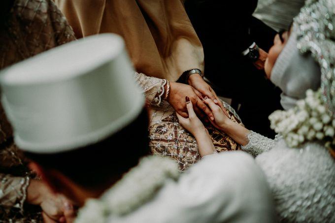 Dheafina & Nur Wedding at Azila Villa by AKSA Creative - 016
