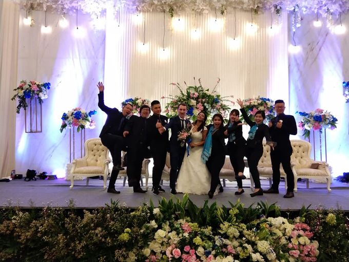 Andrea & Fransisca Wedding by deVOWed Wedding & Event Planner - 016