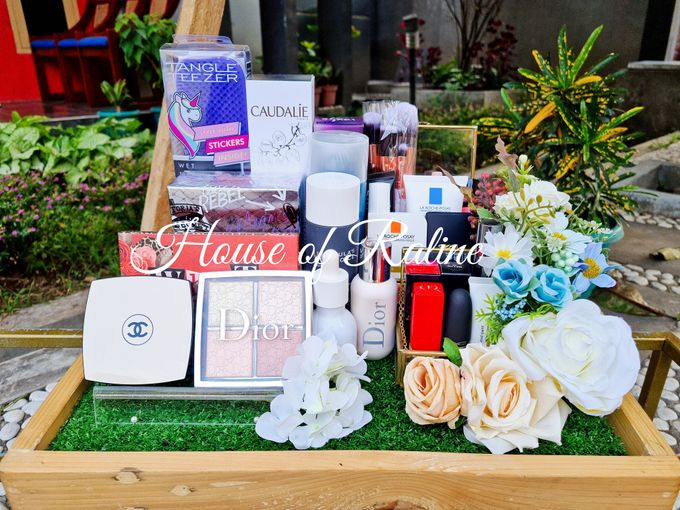 Rustic With Cream White Baby Blue by House of Raline Wedding Hampers - 008