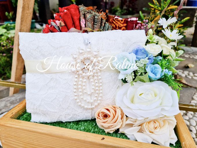 Rustic With Cream White Baby Blue by House of Raline Wedding Hampers - 006