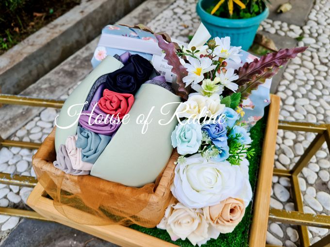 Rustic With Cream White Baby Blue by House of Raline Wedding Hampers - 001