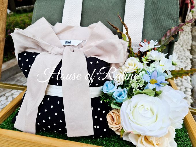 Rustic With Cream White Baby Blue by House of Raline Wedding Hampers - 005