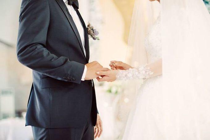 Indah & Robin Cultural Bali Wedding by Flying Bride - 007