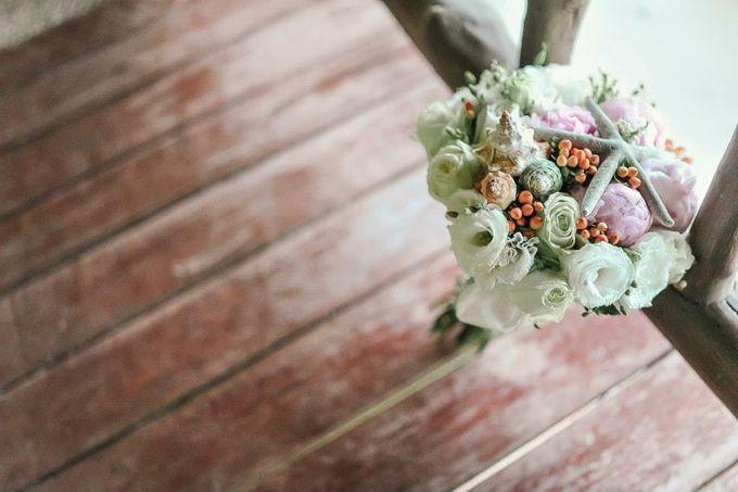 Beach Wedding by Marga Florist - 001