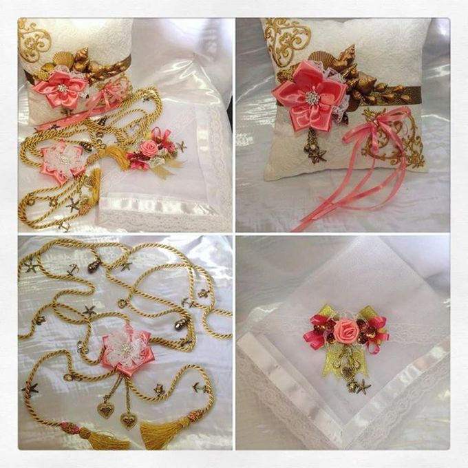 Handcrafted Bouquets and Wedding Accessories  by Duane's Fleur Creatif - 007
