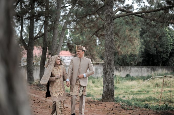 The Wedding Febry & Merlin by asmaraloka.picture - 014
