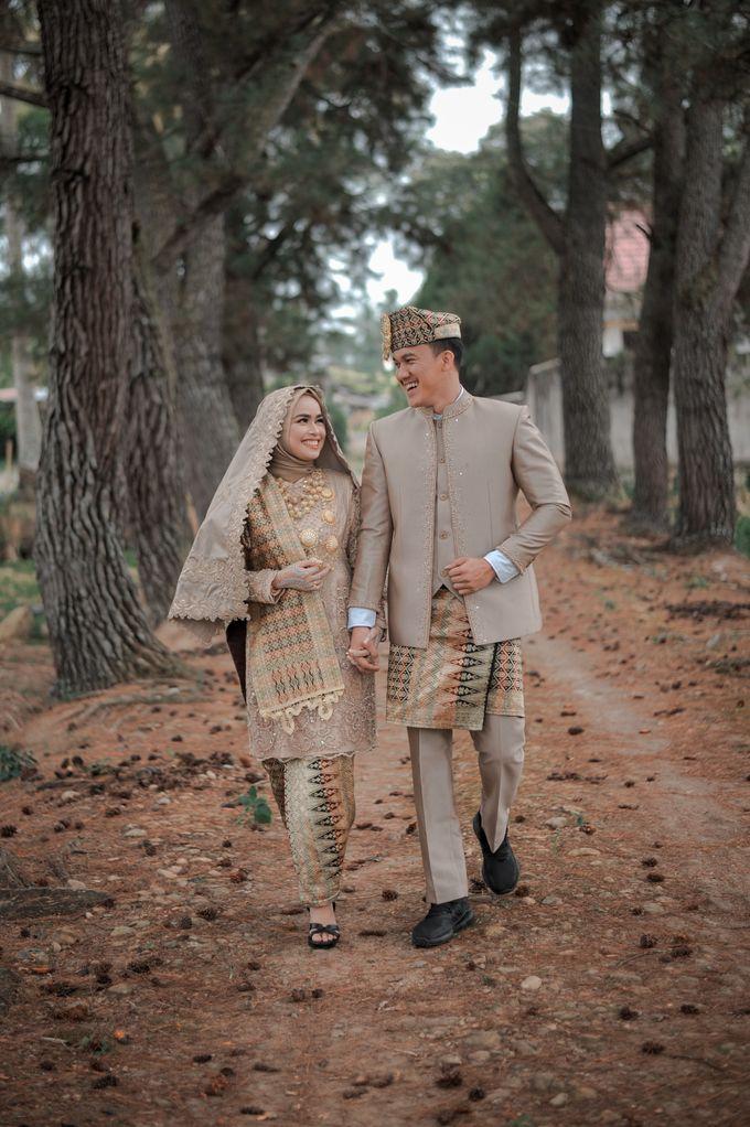 The Wedding Febry & Merlin by asmaraloka.picture - 001