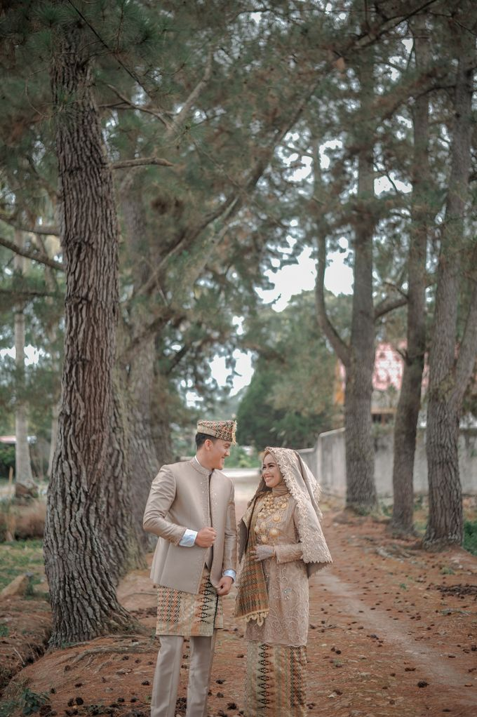 The Wedding Febry & Merlin by asmaraloka.picture - 002