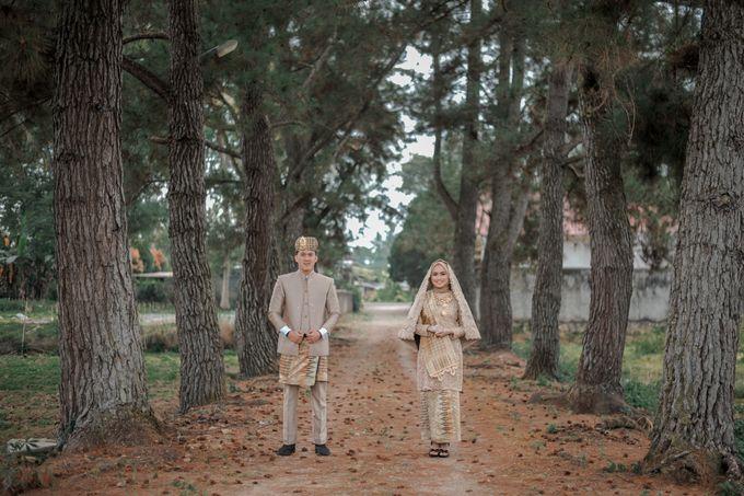 The Wedding Febry & Merlin by asmaraloka.picture - 005