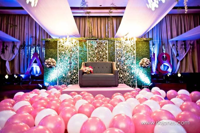 Debut Set up by Hizon's Catering - 010