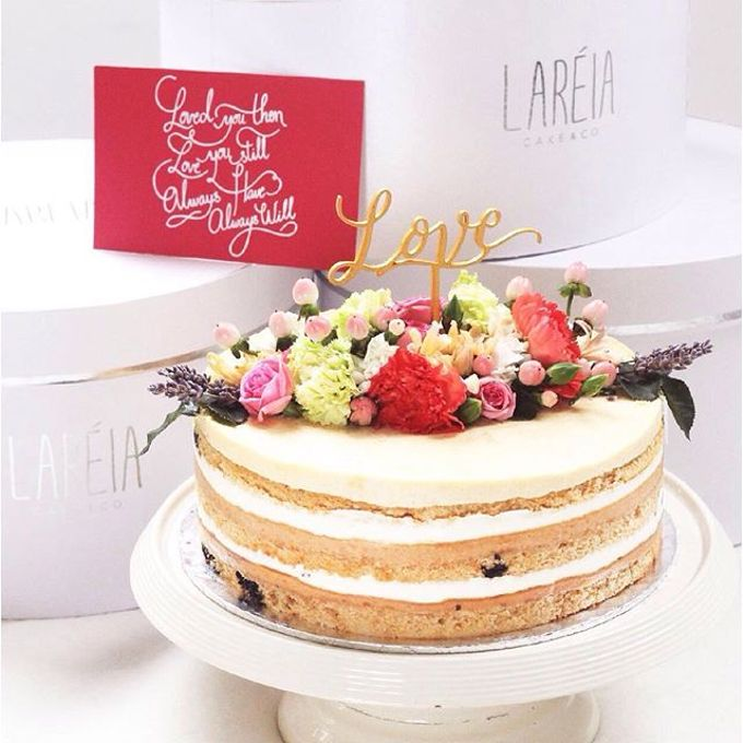 Flowers on Cake by Angie Fior - 010