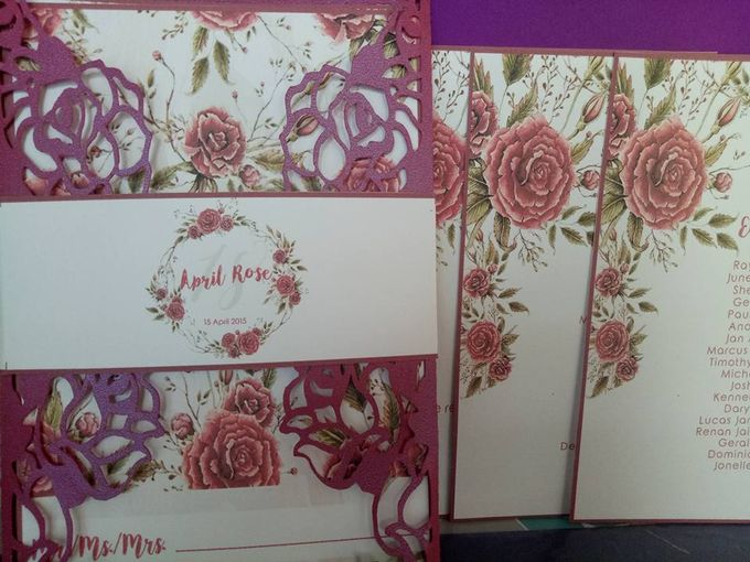 Roses Gatefold Invitation by Ribbons and Prints - 002