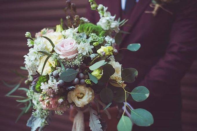 Bridal Bouquets by Ever & Blue Floral Design - 013