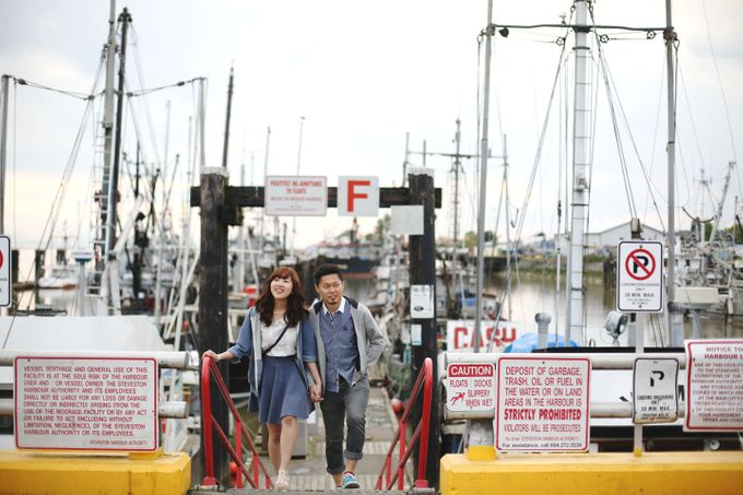 Engagement shoot at Steveston Richmond by Rebecca Ou Photography - 016