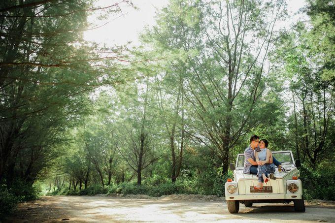 PRE - WEDDING MARVELL & VIONA  BY HENOKH WIRANEGARA by All Seasons Photo - 016
