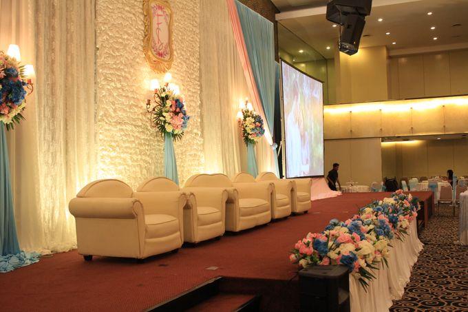 MC Wedding Prisma Ballroom Jakarta - Anthony Stevven by Tracy Bridal House - 001