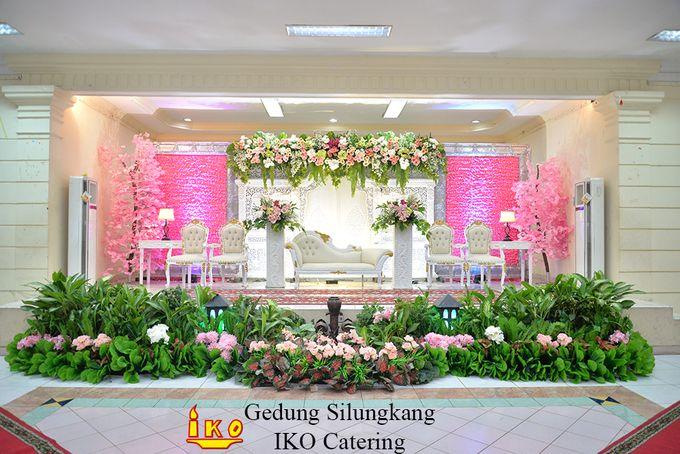 Dekorasi Pelaminan by IKO Catering Service dan Paket Pernikahan - 028
