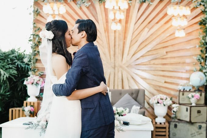 A Travel Themed Wedding of Arid & Lia by Peach Frost Studio - 039