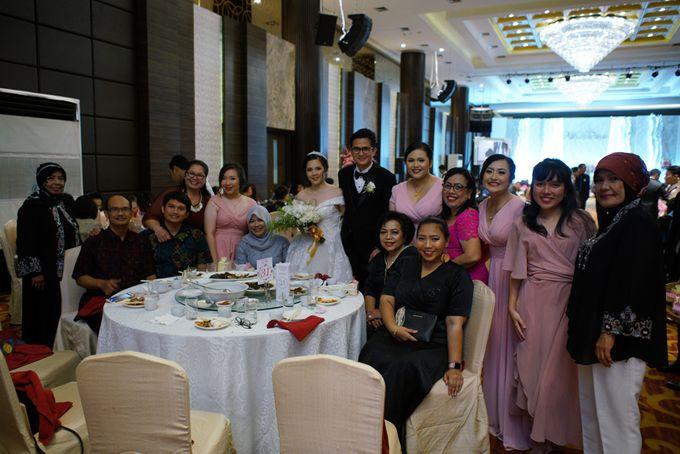 Adri & Teresia Wedding by deVOWed Wedding & Event Planner - 017