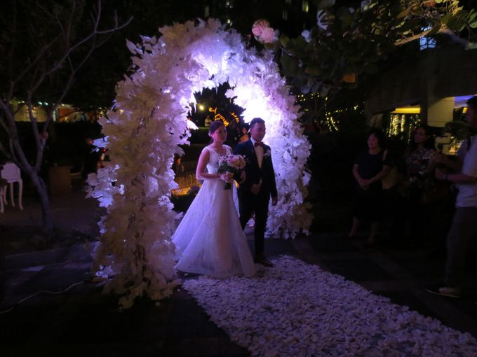 Adi & Emelia Wedding by deVOWed Wedding & Event Planner - 016