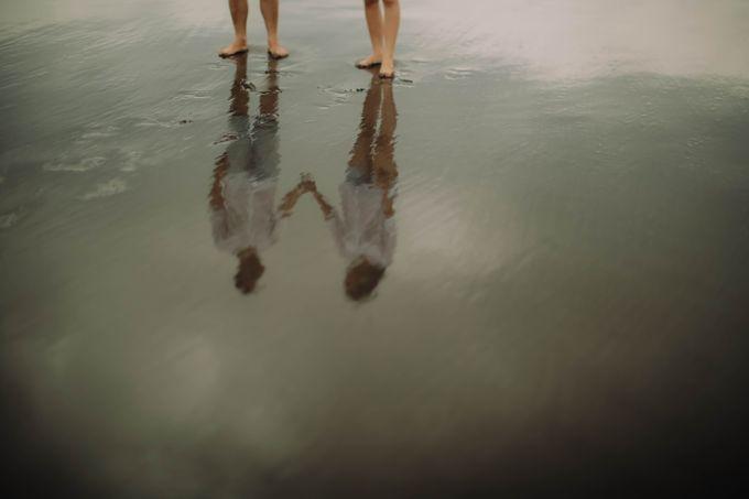 PRE - WEDDING DANIEL & KARINA BY HENOKH WIRANEGARA by All Seasons Photo - 015
