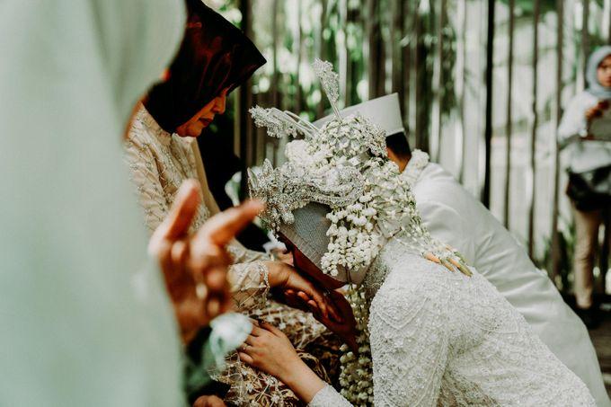 Dheafina & Nur Wedding at Azila Villa by AKSA Creative - 017