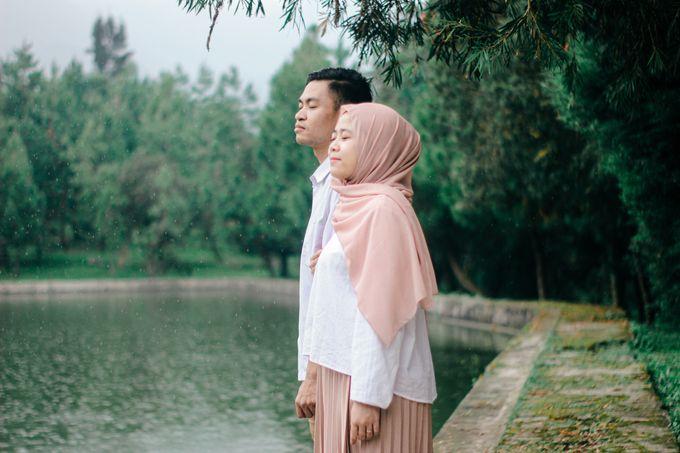 Preweddiing Moment Yulia & Idham by Lookshoot Phorograph - 003