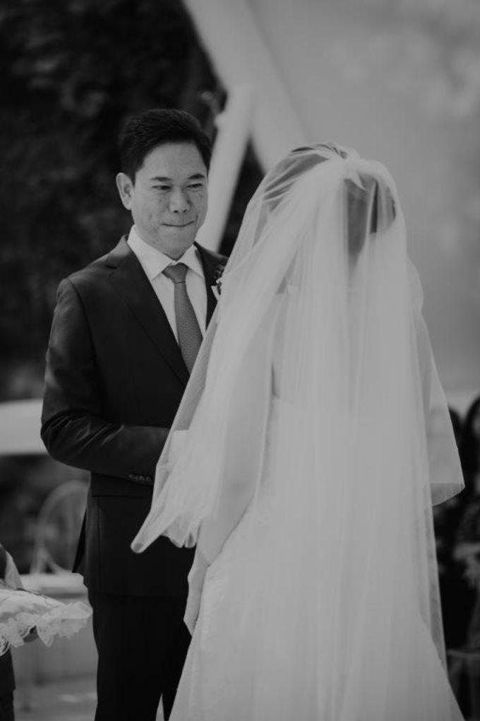 The Wedding of Larrie & Vivienne by BDD Weddings Indonesia - 017