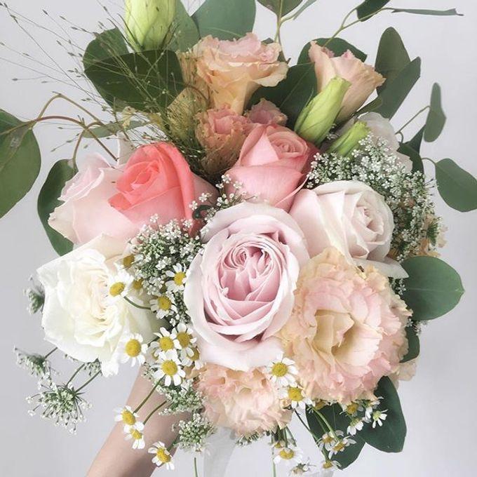 Bridal Hand Bouquet by Petite Fleur SG - 026