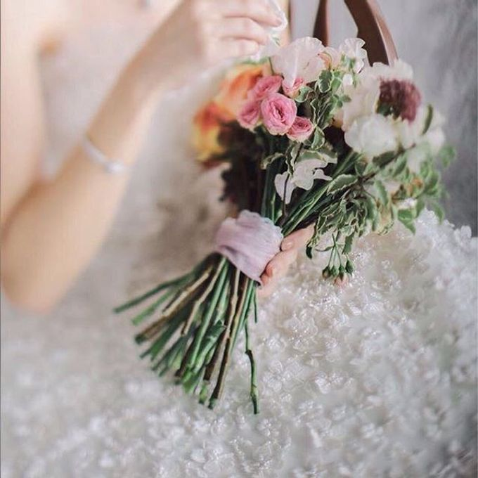 Bride Bouquet - 2 by Angie Fior - 004