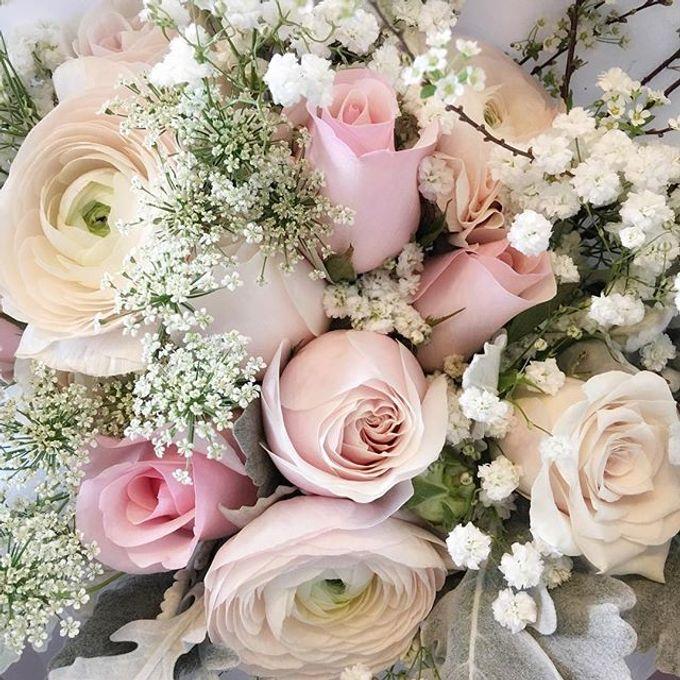 Bridal Hand Bouquet by Petite Fleur SG - 025