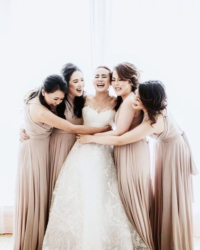 Beige at Frangky Amor Wedding by Imelda Hudiyono Bride - 003