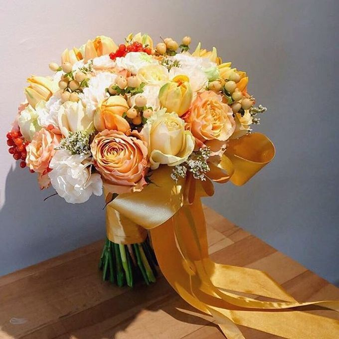 Round Bouquet Collection by Il Fiore - 004