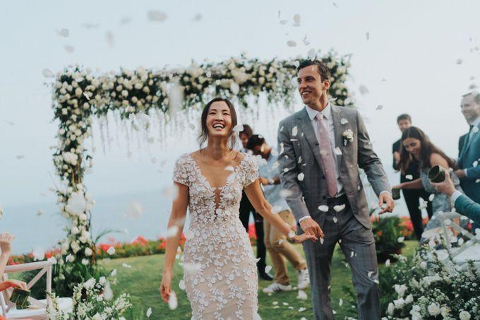 CA & Sebastian Wedding by THE UNGASAN CLIFFTOP RESORT BALI - 005