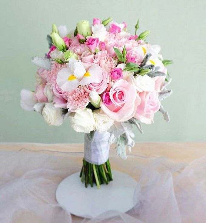 Round Bouquet Collection by Il Fiore - 003