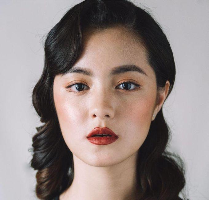 Glamorous Elegant Timeless by Makeup Maestro Weddings - 004