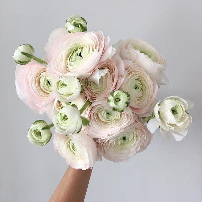 Bridal Hand Bouquet by Petite Fleur SG - 031
