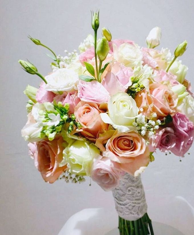 Round Bouquet Collection by Il Fiore - 005