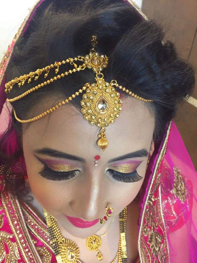 Makeup by Essence makeup Studio - 021