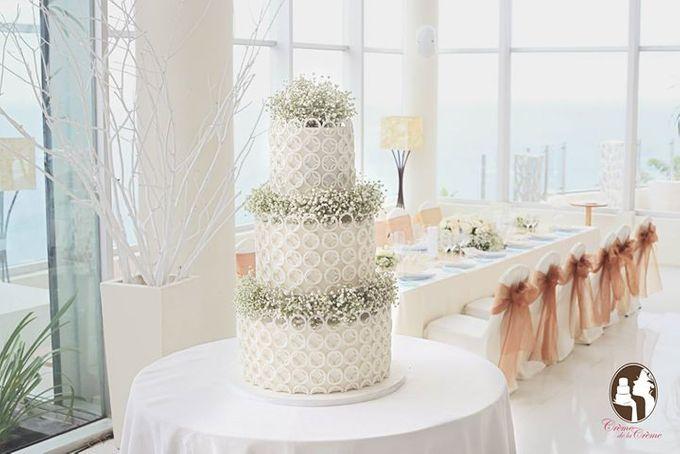 The Wedding Cake of Rini & Jaenes by Creme de la Creme Bali - 001